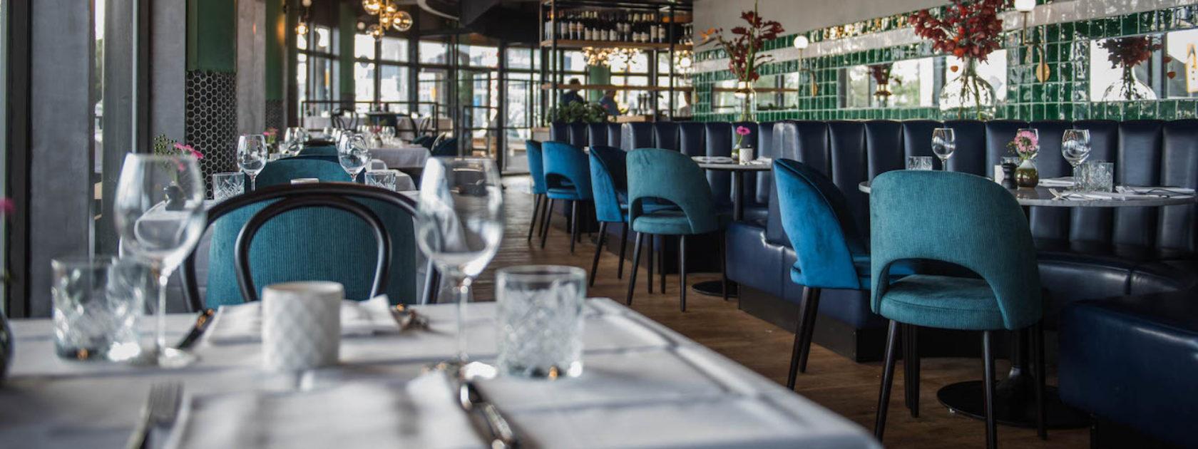 Het interieur van restaurant Langoest op de Boompjes in Rotterdam.