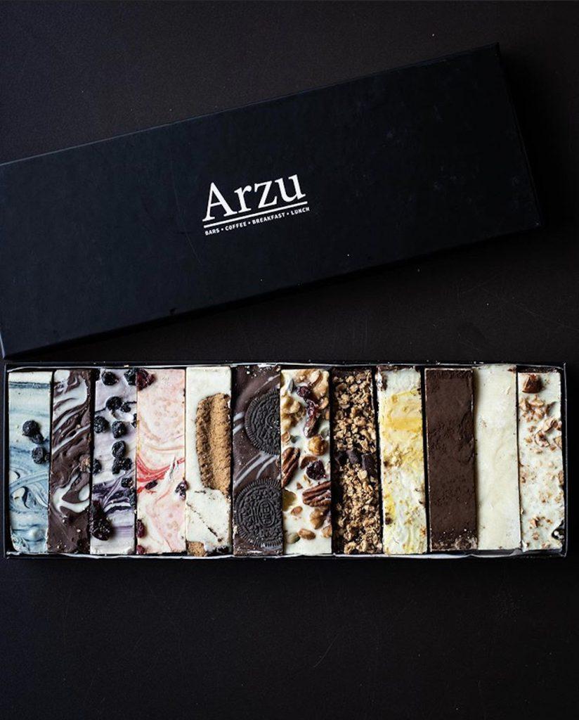 Een doosje van Arzu foodbars is altijd een goed idee! Een goed idee voor de echte zoetekauw onder ons.