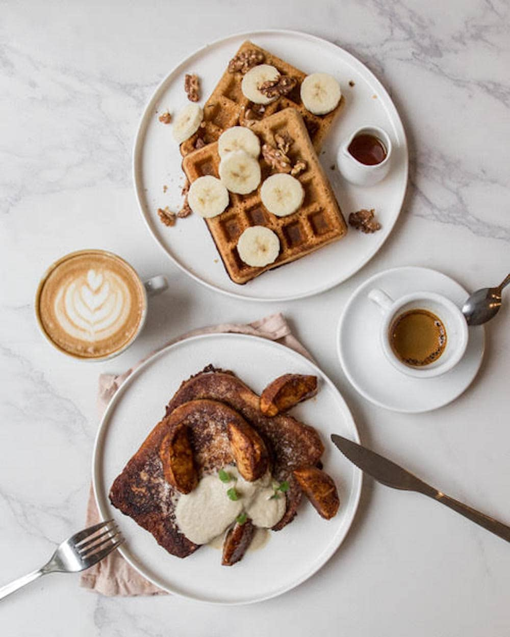 SUE is perfect for breakfast. Go for their vegan French Toast or waffles!