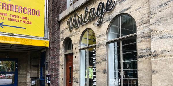Sweet Rebels is een leuke vintage winkel op de Witte de Withstraat in Rotterdam.