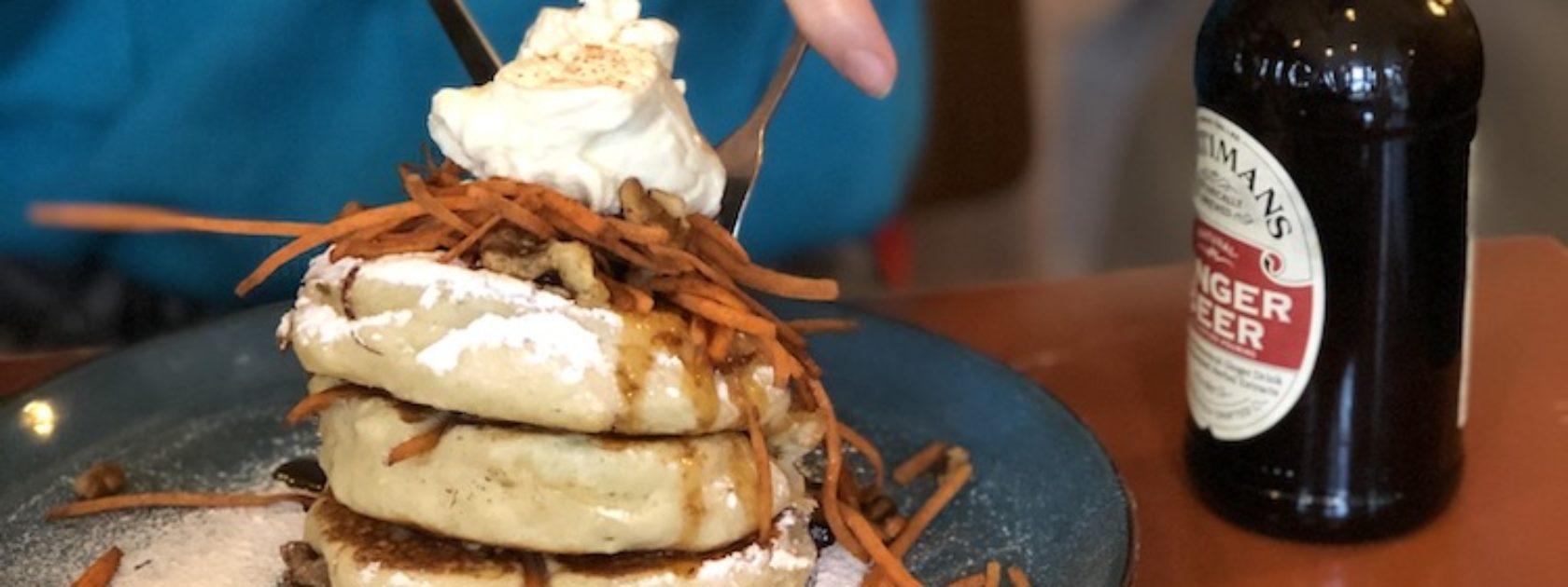 Als je trekt hebt in pannenkoeken, ga dan zeker langs Arzu The Foodbar Supplier in Rotterdam. Hier kun je namelijk meer dan 15 verschillende soorten pannenkoeken bestellen en ze zijn zó lekker.