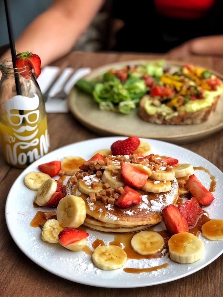 Bij Mr. NonNo hebben ze allemaal lekkere (vegan) ontbijtgerechten. Op het menu staan ook een hoop lekkere pannenkoekjes!