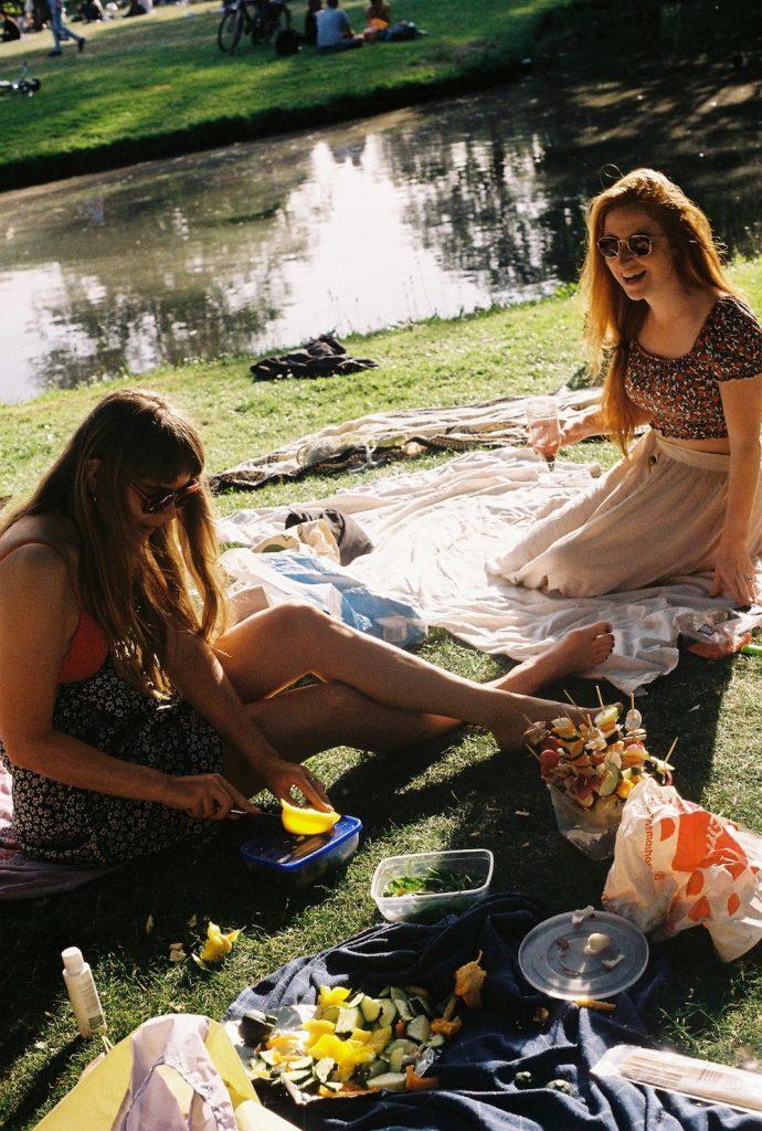 Het Park in Rotterdam is een hele gezellige plek voor een picknick met vrienden!