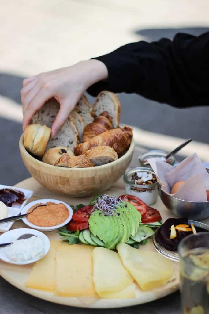De vegetarische ontbijtplank bij Baker & Moore.